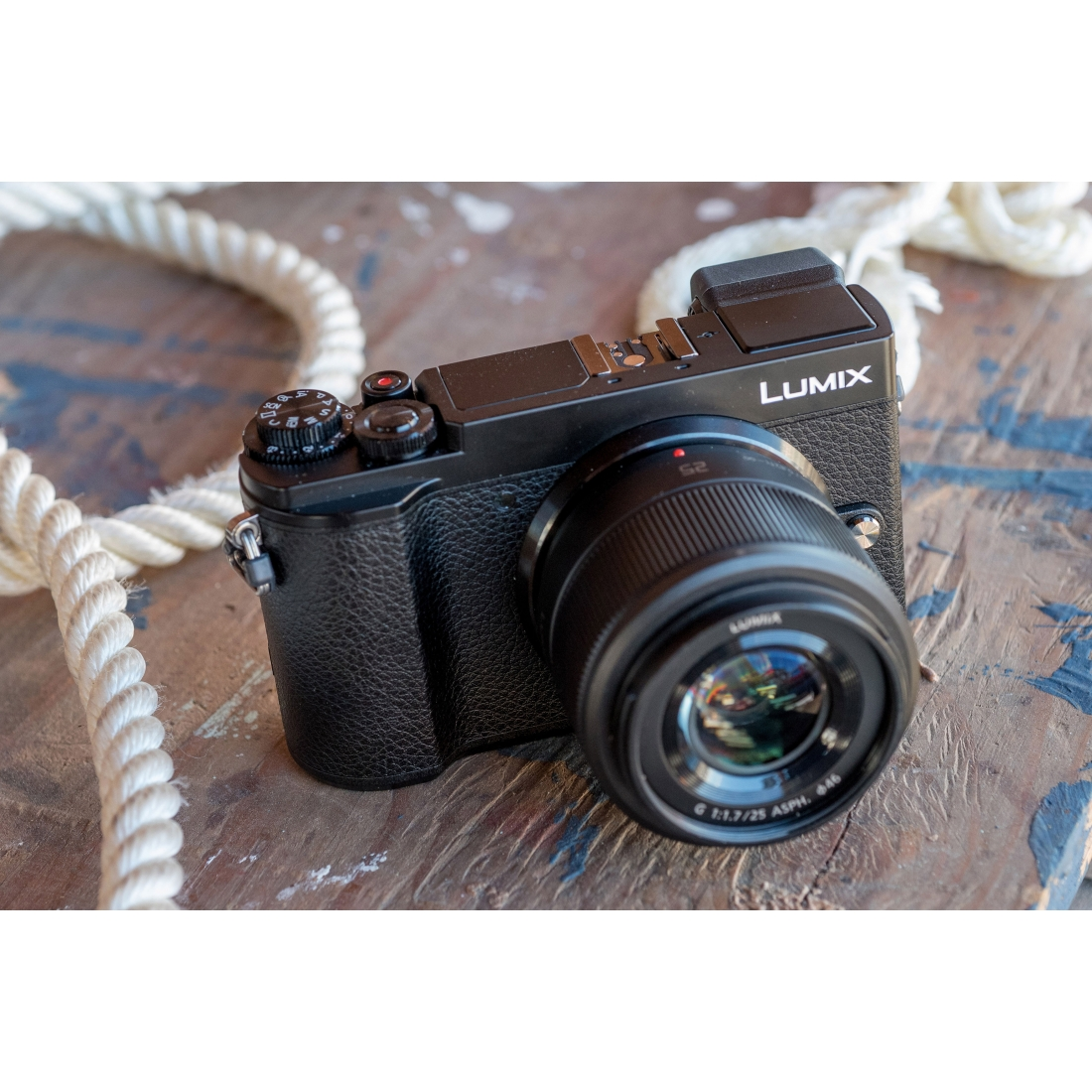 Panasonic Lumix DC-GX9 First Impressions Review