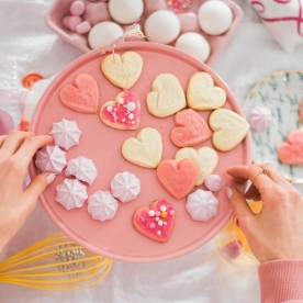 7 Easy Tips for Celebrating Galentine's Day
